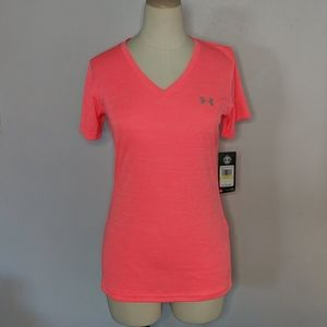 Under Armour NWT Heat Gear Pink T-Shirt Medium